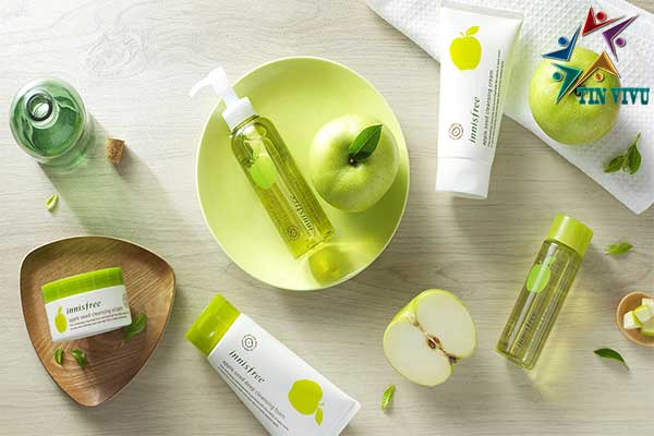 Innisfree-Apple-Seed-Deep-Cleansing-Foam