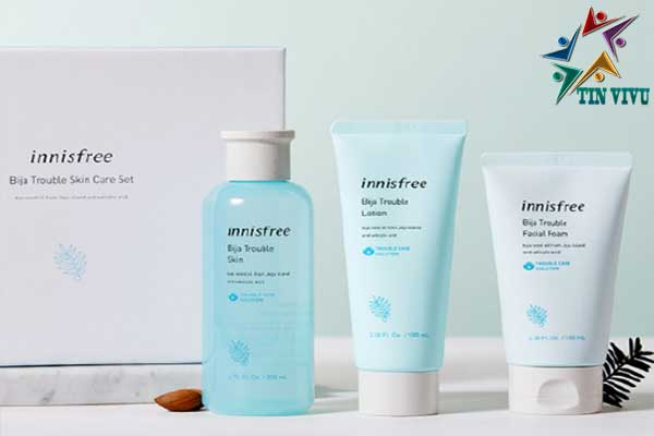 Innisfree-Bija-Trouble-Cleansing-Foam