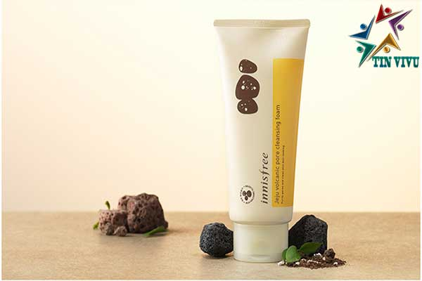 Innisfree-Jeju-Volcanic-Cleansing-Foam
