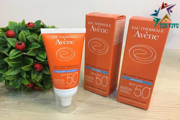 Kem-chong-nang-Avene-Very-High-Protection-Emulsion-50-chinh-hang