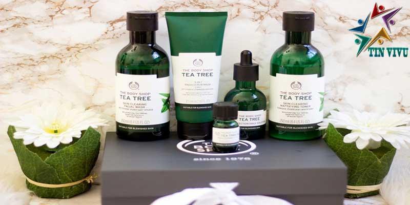The-Body-Shop-Tea-Tree-Skin-Clearing-Mattifying-Toner