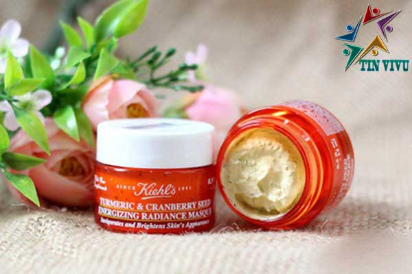 Mat-na-dat-set-Kiehl's-Turmeric-Cranberry-Seed-Energizing-Masque