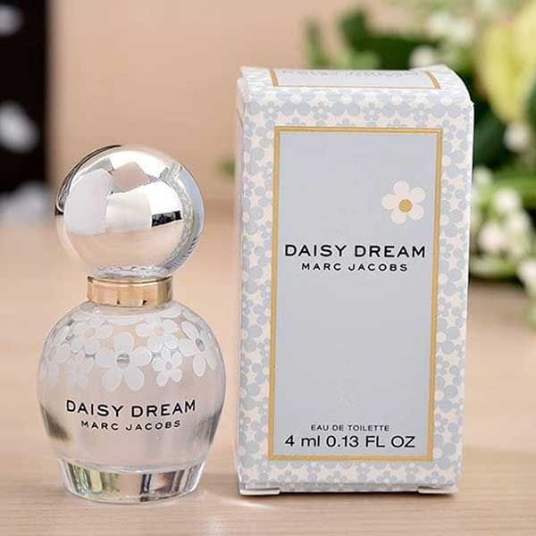 Nuoc-Hoa-Mini-Marc-Jacobs-Daisy-Dream-Eau-De-Toilette-4ml