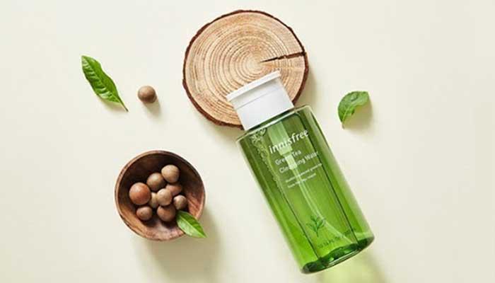 Nuoc-tay-trang-tu-tra-xanh-dao-Jeju-Innisfree-Green-Tea-Cleansing-Water-300ml