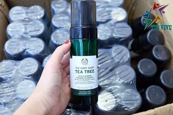 Sua-Rua-Mat-The-Body-Shop-Tea-Tree-Skin-Clearing-Mattifying-Facial-Wash