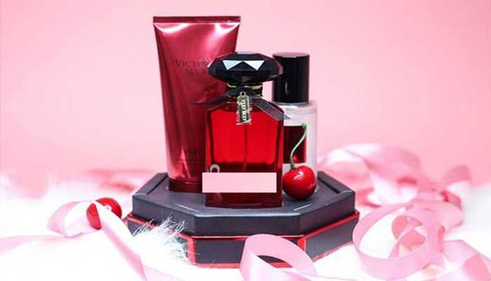 mua-Set-Qua-Tang-Victorias-Secret-Very-Sexy-Signature-Gift-Set